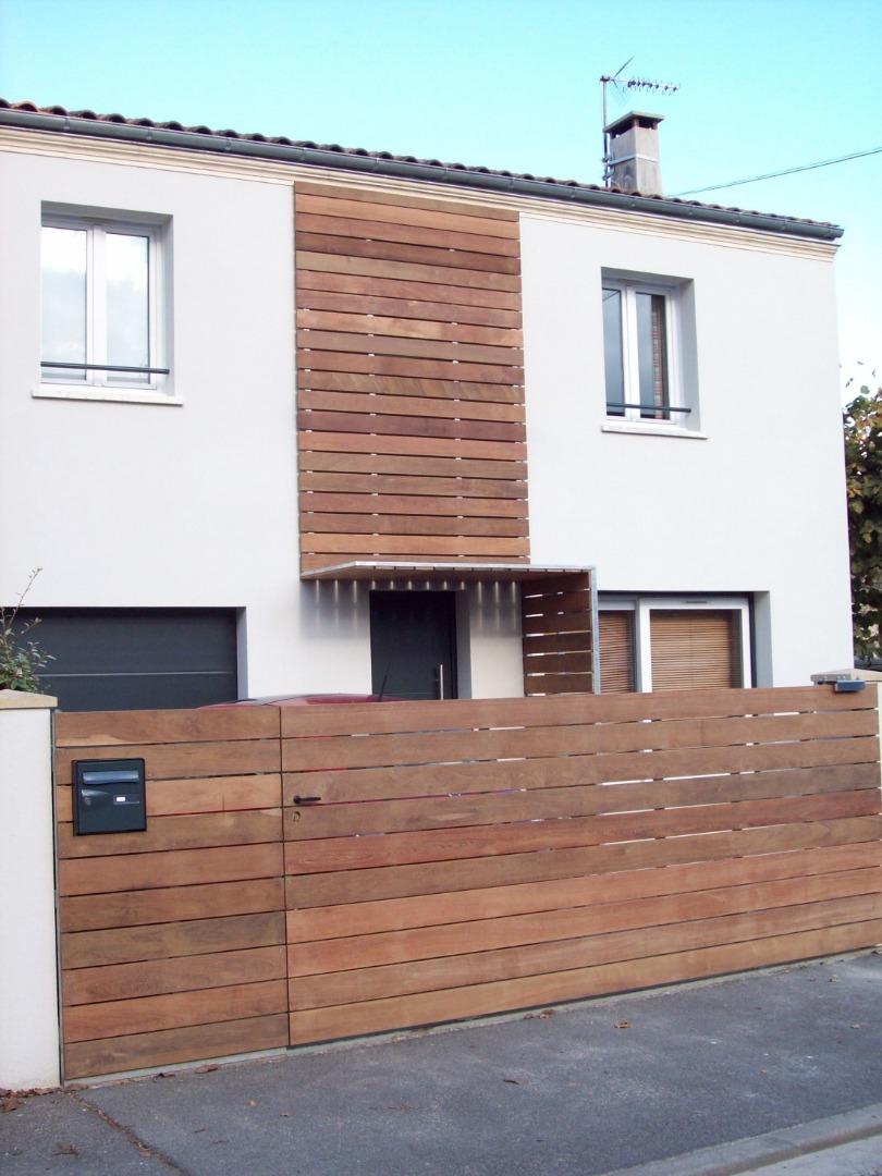 Relooking et modification d'une facade de maison individuelle