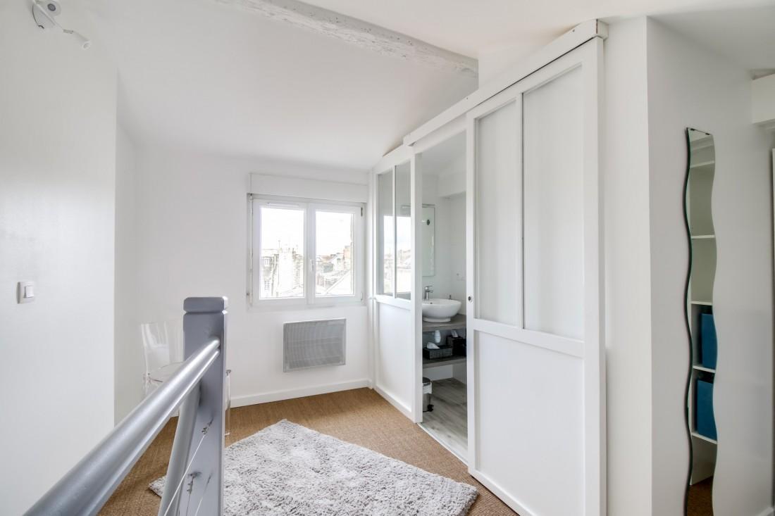 Réaménagement chambre salle de bain d'un duplex T2 en plein centre de bordeaux