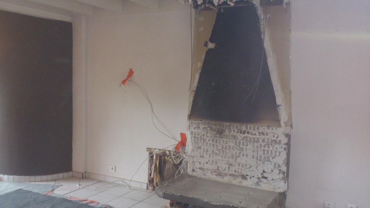 Modernisation d'un séjour et changement de cheminée à Bouliac